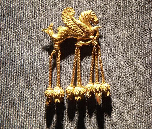 tesoro de karun oro